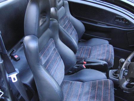 CR-X EF8 の運転席と助手席のシート.JPG