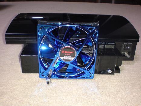初期型PS3の1号機(60GB)の廃熱ファン装着④.JPG