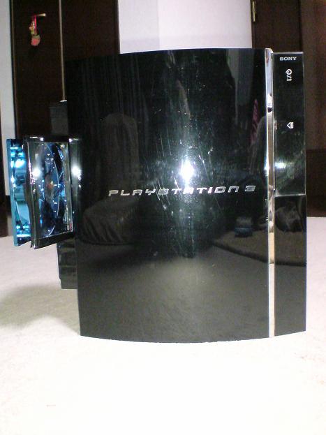 初期型PS3の1号機(60GB)の雄姿⑨.JPG