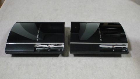 GT4用に用意した2台の初期型PS3の違いは、廃熱ファンの有りと無しの違いのみ?①.JPG