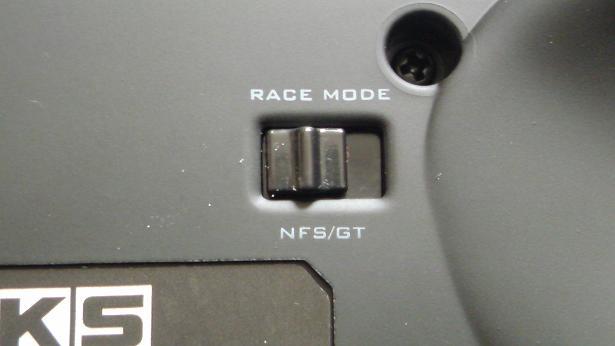 HKS レーシングコントローラーをリニアなアクセル開度(GT5)に出来た!?_GT -> NFS.JPG