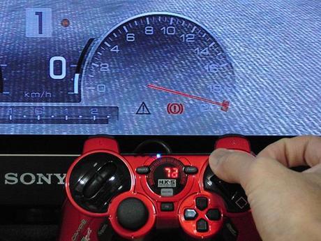 72_HKS レーシングコントローラーのアクセルワークがリニアになった!.JPG