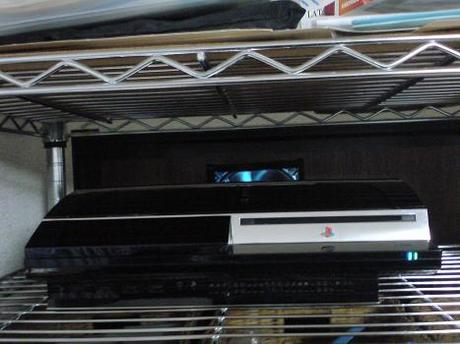 初期型PS3の1号機(60GB)の廃熱ファン点灯!①.JPG