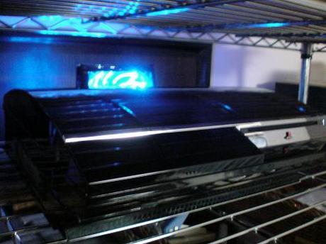 初期型PS3の1号機(60GB)の廃熱ファン点灯!③.JPG