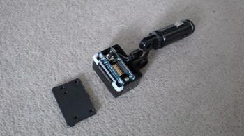 前回製作した iPod nano (5th) 専用の車載ホルダーをバラす④.JPG