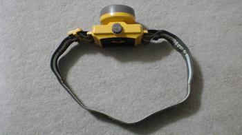 電球とLEDヘッドライトの使用電池①.JPG