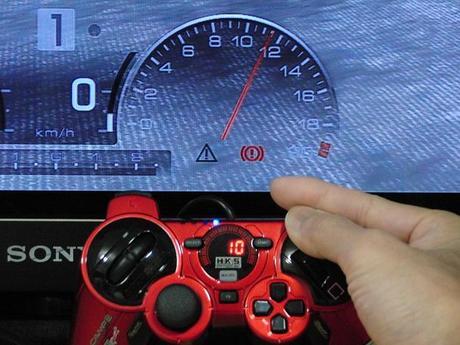 HKS Racing Controller をGT5で使うと、アクセルが...10.JPG