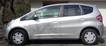 HONDA FIT 1.3G Fパッケージ ディスチャージ 納車 ③.JPG