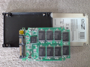 PS3 60GB SSD換装 10 OCZ OCZSSD2-2C60G 殻割り.JPG