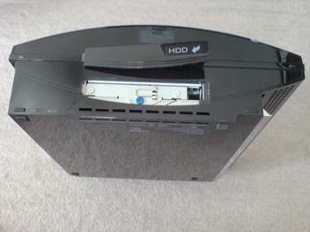 PS3 60GB SSD換装 4 HDD交換用カバー外し.JPG