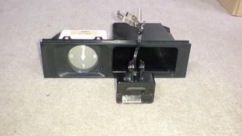 iPod nano (5th) 専用の車載ホルダー用の部品を確認①.JPG