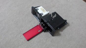 iPod nano (5th) 専用の車載ホルダー用の部品を確認③.JPG